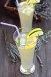De limonade van de lavendel Stock Foto's
