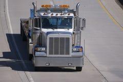 De lit plat camion semi Image libre de droits