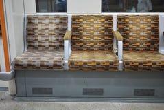 De Londres assentos no subsolo imagens de stock