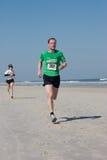 de Looppas van het Strand van de Winter van 5 & 10 mijl Stock Foto's