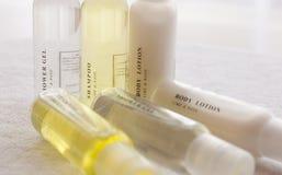 De lotion van het de shampoolichaam van de douche stock afbeeldingen