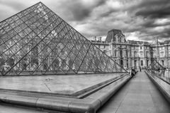 De Louvrepiramide, Parijs, Frankrijk Royalty-vrije Stock Fotografie