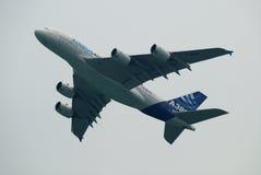 De lucht toont Luchtbus A380 Royalty-vrije Stock Fotografie