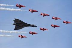 De lucht toont Southport Rode Pijlen/Vulcan-Bommenwerper Stock Foto's