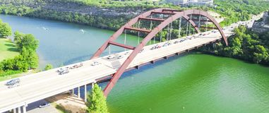 De luchtbrug van meningspennybacker of 360 Brug in Austin, Texas, U Stock Foto's
