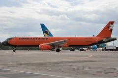 De Luchtbus van Donbassaero A320 Stock Foto