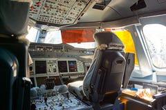 De Luchtbus van emiraten A380 stock foto