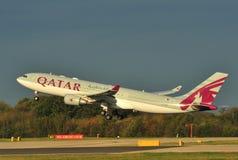De Luchtbus van Qatar A330 Stock Afbeeldingen