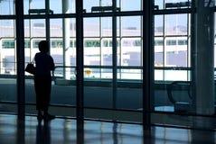 De luchthaven van de vrouw stock fotografie