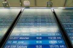De Luchthaven van Dusseldorf stock foto