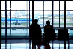 De luchthaven van het paar stock foto's