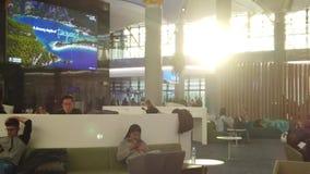 De Luchthavenwachtkamer van Istanboel het ontspannen stock videobeelden