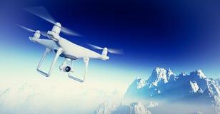 De Luchthommel van foto Witte Matte Generic Design Modern RC met actiecamera die in Hemel onder het Aardoppervlak vliegen groot Royalty-vrije Stock Foto