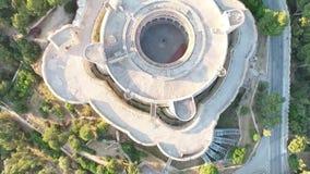 De luchtlengte van Palma de Mallorca over Bellver-Kasteel, hoogste mening stock footage