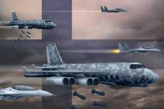 De Luchtmacht die van Finland stakingsconcept bombarderen De vliegtuigen van de het legerlucht van Finland laten vallen bommen op Stock Fotografie
