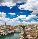 De luchtmening van cityscape van Zürich Stock Afbeelding