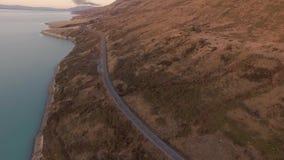 De luchtmening van meerpukaki, het landschap van het het Zuideneiland van Nieuw Zeeland stock video