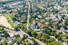 De luchtmening van Voorsteden huisvest Daken in de Stad van Wenen Royalty-vrije Stock Afbeelding