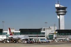 De Luchtvaartlijnen van ISTANBOEL, TURKIJE - Turkisk-- Ataturk-Luchthaven Royalty-vrije Stock Fotografie