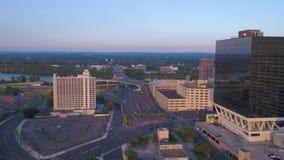 De luchtzonsondergang van Connecticut Hartford Juli 2017 4K inspireert 2