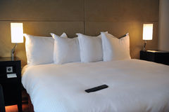 De luxueuze Slaapkamer van het Hotel Royalty-vrije Stock Afbeeldingen