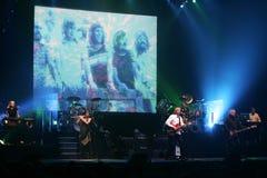 De lynniga deppigheterna utför i konsert fotografering för bildbyråer