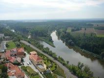 De M?lník-stad – samenlooprivieren Vltava en Elbe Stock Foto's