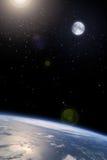 De maan in baan rond de Aarde Stock Foto