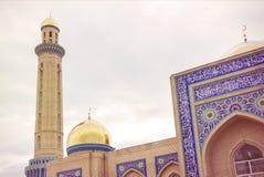 De maand ramadan ramazan israz van moskeekoepels oraz royalty-vrije stock fotografie