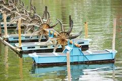 De machines van de waterturbine stock fotografie