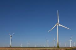 De macht van de wind, alternatieve energie Stock Fotografie