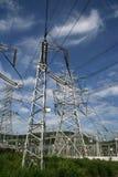 De machtspyloon van de elektriciteit royalty-vrije stock afbeeldingen