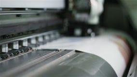 De macro Digitale Machine van de Affichedruk met het Bewegen van Drukhoofd stock videobeelden