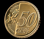 De macro van het vijftig eurocentmuntstuk over zwarte Royalty-vrije Stock Foto's