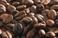 De Macro van koffiebonen Royalty-vrije Stock Afbeeldingen