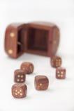 De madera corta en cuadritos en la tabla Foto de archivo
