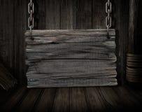 De madera en blanco firman encima vieja escena del escritorio de la nave Fotos de archivo