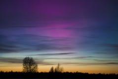 Kleurrijke die Dageraad Borealis in Saaremaa Estland wordt gefotografeerd Royalty-vrije Stock Foto's