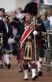 De Majoor van de pijp in Cowal die zich in Schotland verzamelt Royalty-vrije Stock Foto