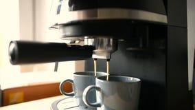 De maker van de huishoudenespresso stock videobeelden