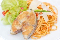 De makreel van de spaghettikoning, tomatensaus Royalty-vrije Stock Afbeeldingen