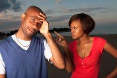 De man en de vrouw debatteren Stock Afbeelding