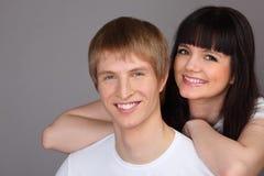 De man en de vrouw kleedden zich in witte overhemden Stock Foto