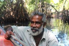 De man met een roeispaan Portret Stock Afbeeldingen