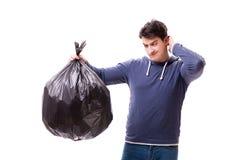 De man met huisvuilzak die op wit wordt geïsoleerd stock afbeelding