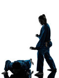 De man van vietvodaovechtsporten van de karate vrouwensilhouet Stock Afbeelding