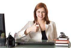 De manager die van de vrouw zijn duim tonen royalty-vrije stock foto