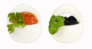 De mand van eieren met kaviaar Stock Foto