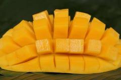 De mango van de kubusbesnoeiing, rijpe mango Royalty-vrije Stock Afbeelding