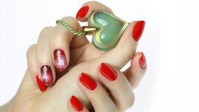De manicure van de spijkerkunst met hart Stock Fotografie